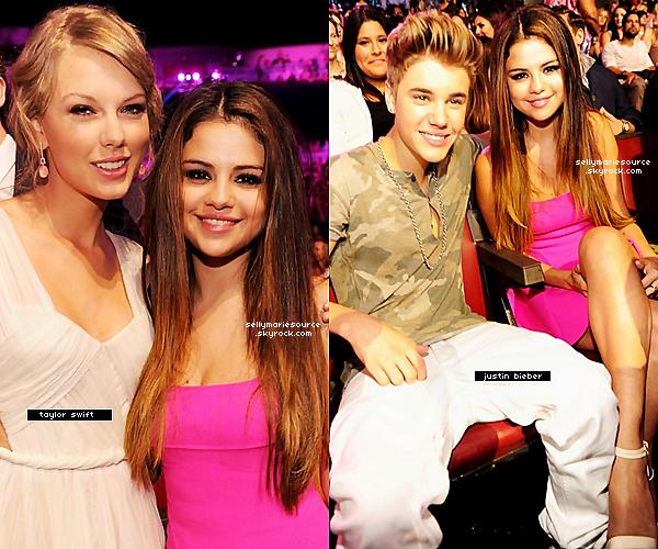 22/07/2012 :   Sel plus belle que jamais,était à la céremonie des teen choice awards qui a eu lieu en Californie,avec une magnifique robe Dsquared.Vos avis?