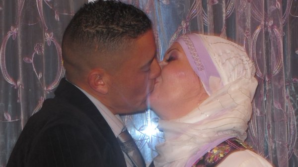 (l)  MARIAGE D AMOUIR  (l)
