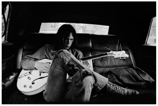 Neil Young, Heart of gold, (127), Heart of gold tablature guitare, Heart of gold caricature, Heart of gold vidéo, Heart of gold paroles et accords