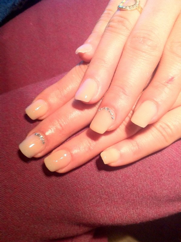 Articles de ongles en gel bruxelles tagg s nails nude ongles en gel bruxelles - Ongle en gel nude ...