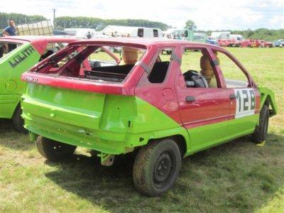 Pour ma 1ére course a Auxonne du 29 aout 2010 j'ai préparé une ZX  en categorie vitesse