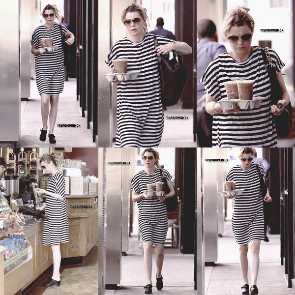 ellen __________16.04.2011 _______ ↪ Ellen a été repéré en allant chercher du Café a Hollywood. ellen