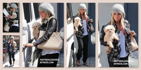 . Ashley et Maui à Studio City , le 13 mars.  .