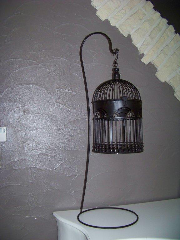 location d 39 urne de mariage cage sur pied en noir ou blanc 6 hauteur 1m blog de iletaitunefee62800. Black Bedroom Furniture Sets. Home Design Ideas