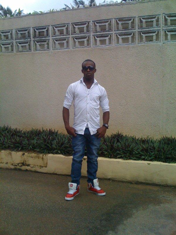 la young sape play boy