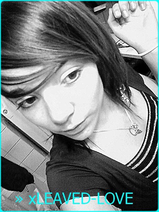 xLEAVED-LOVE ♥  Gɑɑrdee Lɑɑ Pesh' .. Pɑrdonner est un signe de fɑiblesse , ɑttɑh' que lɑ personne vienne ♥.