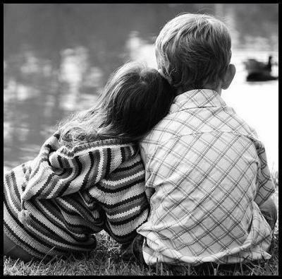 """"""" Personne ne garde un secret comme un enfant """" [ Visctor Hugo ]"""