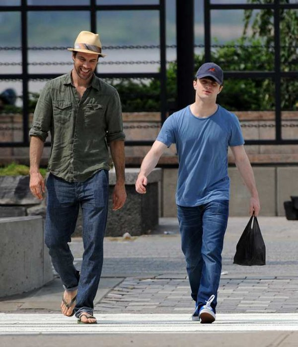 Candid Dan - Walking in NYC with Lorenzo Pisoni
