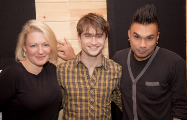 Dan sings for 'Carols for a Cure' - Photos!