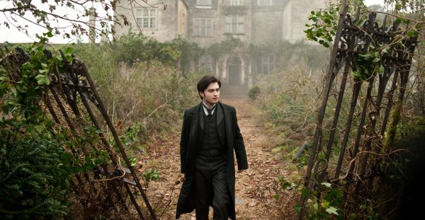 The Woman in Black - New Still