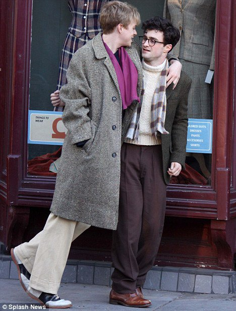 Kill your Darlings - First shots of Dan as Allen Ginsberg!! (3)