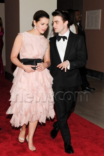 Dan Attends the 2012 Met Costume Institute Gala (2)