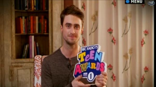 Dan Wins 'Best British Actor' at Radio 1 Teen Awards