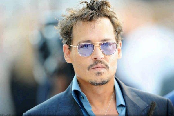 Johnny Depp à l'avant première deLone Ranger à Londres