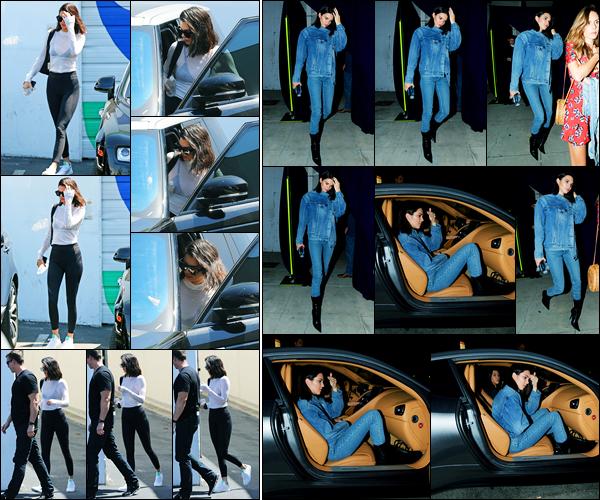 24.08.2017 ─ Kendall Jenner a été photographiée, alors, qu'elle quittait un  studio, étant dans la ville à Calabasas.Le lendemain, la belle a été vue quittant une église avec Kourtney... Kendall J. ne défilera pas pour Victoria Secret à cause de son contrat avec La Perla...