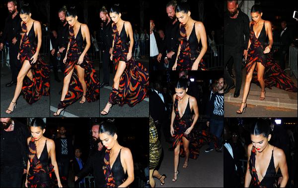 12.05.2016 ─ Kendall Jenner était présente à la cérémonie de « Magnum ice cream Party » étant dans Cannes, FR.La jeune mannequin était vraiment magnifique dans cette robe, c'est un beau top. Kendall Jenner a ensuite quittée la soirée plus tard dans la soirée.