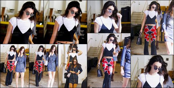 14.09.2016 ─ Kendall Jenner a défilé pour le styliste «Michael Kors», pour Spring/Summer, pour la fashion week.La jeune mannequin était radieuse lors du défilé. Plus tard dans la soirée Kendall Jenner a été photographiée quittant les lieux du défilé. C'est un top !