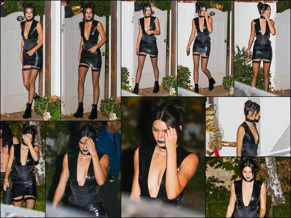 28.10.2016 ─ Kendall Jenner a été photographiée arrivant et quittant une fête d'Halloween dans Pacific Palisades.Kendall Jenner s'est rendue à la fête de son amie Kate Hudson. Concernant sa tenue, sa rentre dans le thème c'est donc un top de ma part, et vous ?!