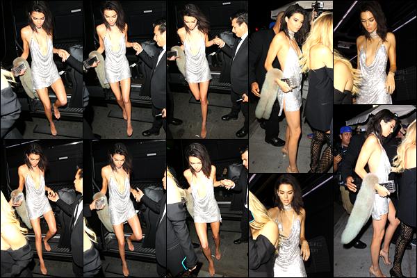 02.11.2016 ─ Kendall Jenner a été photographiée pendant qu'elle arrivait à Delilah, étant dans le West Hollywood.Ken' étant accompagnée de son amie Hailey Baldwin, a été fêtée son 21ème anniversaire. Plus tard, elle a été vue dans les rues de West Hollywood.