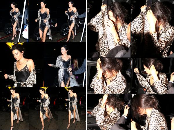 31.12.2016 ─ Kendall Jenner a été photographiée arrivant et quittant le The Nice Guy, étant dans West Hollywood.La jeune mannequin a donc fêter le nouvel an avec ces amies au restaurant. Elle essayait de se cacher.. Concernant la tenue, c'est un top pour moi !