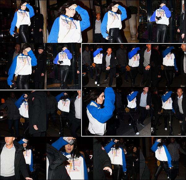 22.01.2017 ─ Kendall Jenner a été photographiée arrivant, et, quittant son hôtel George V, qui est dans Paris, FR.Kendall J. enchaîne encore les sorties et entre sa sortie et son entrée elle a été vue dans les rues de Paris. Concernant sa tenue, c'est un top pour moi