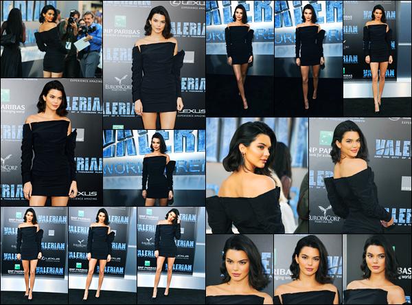 17.07.2017 ─ Kendall Jenner était présente à la première Valérian et la Cité des milles planètes, dans Hollywood.C'est une Kendall hyper élégante que nous avons retrouver sur le tapis de l'avant-première. Concernant sa tenue, j'aime beaucoup, c'est un top pour moi.