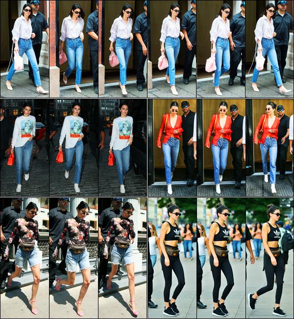 29.07.2017 ─ Kendall Jenner a été photographiée alors qu'elle se promenait dans les rues étant dans New-York.Etant en retard dans les news, je me permets de faire un article récapitulatif des dernières pour éviter tout retard à présent.. Merci de la compréhension..
