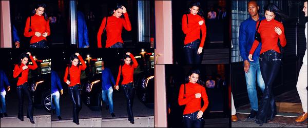 -09/10/2018- ─ Kendall Jenner  a été aperçue, alors, qu'elle se rendait à la soirée d'anniversaire de son amie, à New-York !La mannequin Kendall Jenner est donc désormais à NY pour l'anniversaire de son amie, Bella Hadid. Concernant sa tenue, c'est un beau top pour ma part