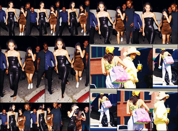 -23/08/2019- ─ Kendall Jenner a été photographiée alors qu'elle quittait le « The Nice Guy », étant dans West Hollywood.La belle mannequin K. était en compagnie de sa petite s½ur, Kylie Jenner ce soir-là ! Le lendemain elle a pris un jet-privé avec Hailey Baldwin ! Des tops.