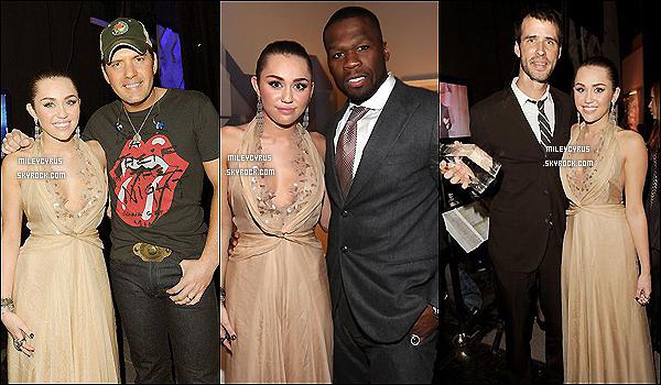 . 09.12.11 - Miley Cyrus à l'évènement American Giving Awards qui se tenait à Los Angeles. .
