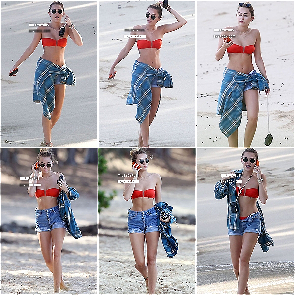 . 30.12.11 - Miley, était sur la plage de Hawaï (photos taguée). .