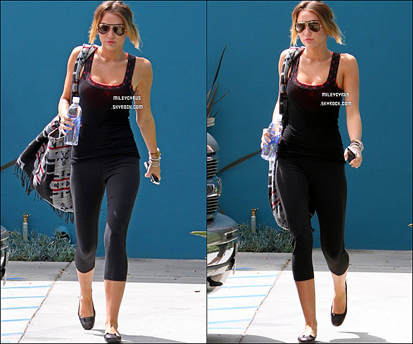 . 11/04/12 - Miley aperçu quittant son cours de pilates. .
