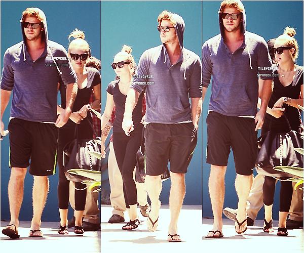 . 16/07/12 - Miley accompagné de Liam sortant  de son cours de pilates à West Hollywood.  .