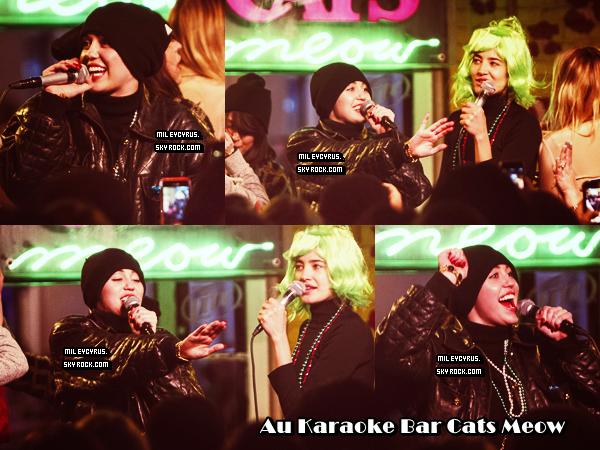. |17 Mars 2014 | CANDIDS | Miley était à New Orleans.