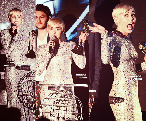 ". |28/05/2014 | Appearances | Miley était présente aux World Music Awards à Monaco.  Elle a remporté ""Best Pop Video"" et ""Best Female Act"""