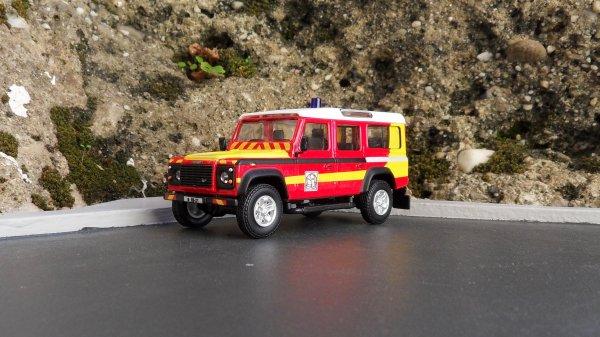 Land Rover Defender 110 Cararama