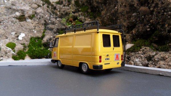 Peugeot J9 Norev