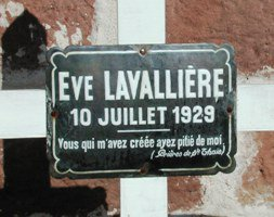 eve lavalliere