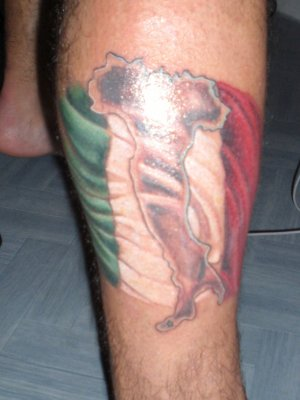 mon tatouage au mollet   jojo l italien le plus bo!!!