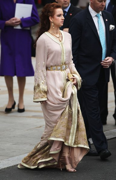 Sélection de magnifiques caftans portés par la princesse Lalla Salma