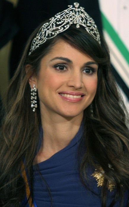 Diadèmes de la reine Noor et de la reine Rania de Jordanie