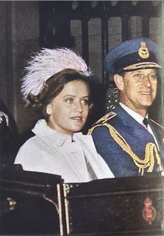 Photos d'archive: Le roi Hussein et la princess Muna