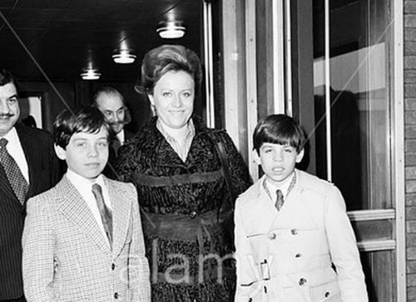 Photos d'archive: La princess Muna de Jordanie