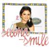selena-smile