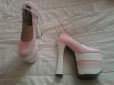 High heels pleaser T 39