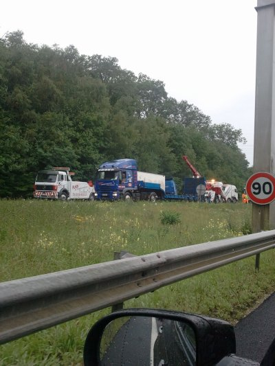 GRAVE ACCIDENT DE LA ROUTE !!!