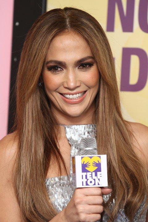 Jennifer Lopez & Marc Anthony - Teletón México 2010