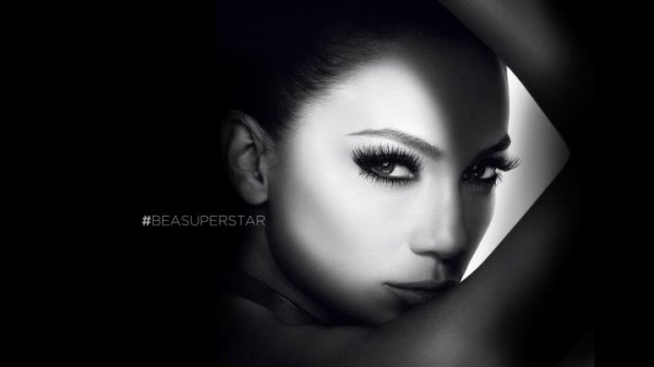 Ready to be a Superstar? A Jennifer Lopez film (by Paul Gore)