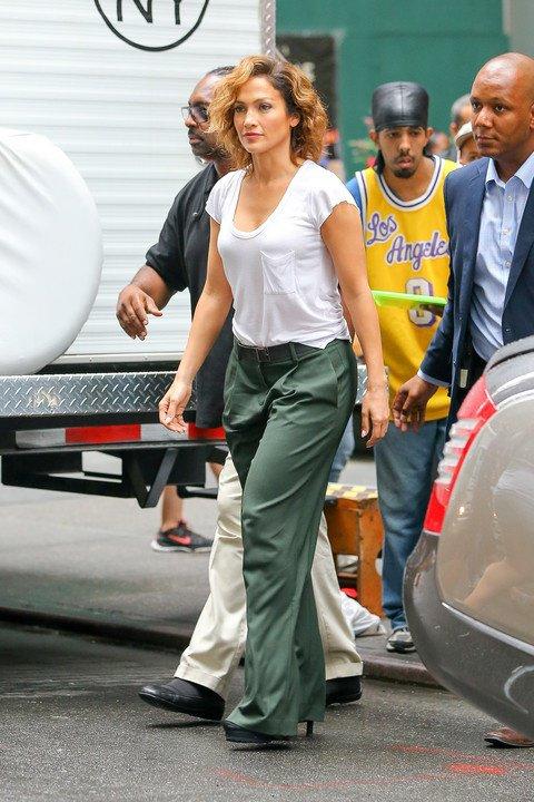 """Jennifer sur le set de """"Shades Of Blue"""" le 15.07.2015"""