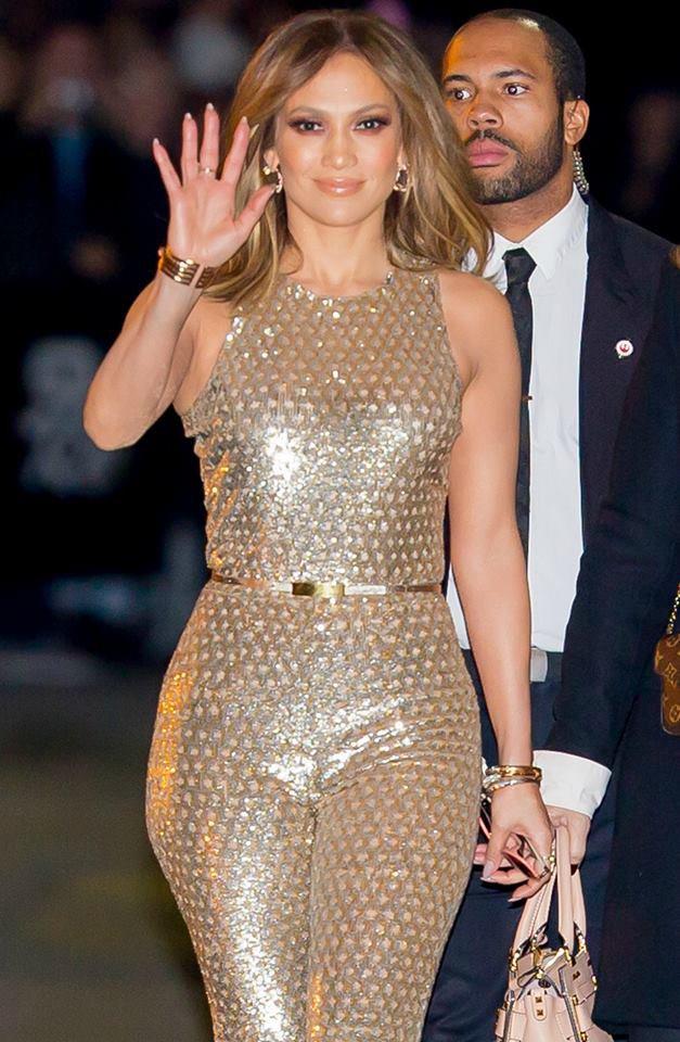 """Jennifer arrivant et repartant du """"Jimmy Kimmel Show"""" le 04.01.2016"""